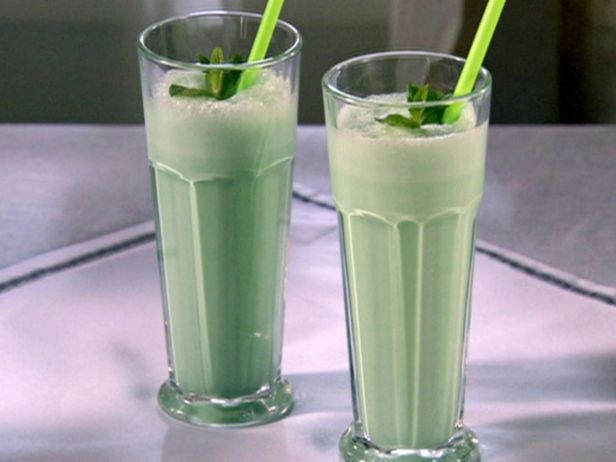 10 Things You Didn't Know You Could Do With Créme de Menthe   Total Wine & More - photo#34